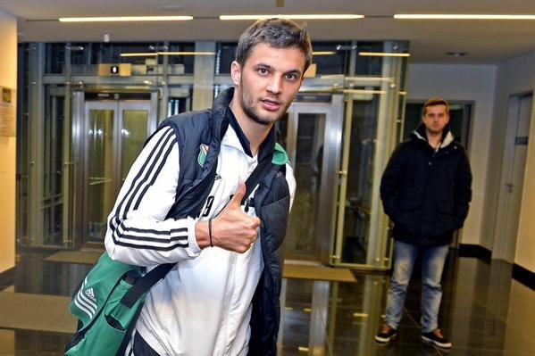 Piłkarze Legii wrócili z Hiszpanii do Warszawy