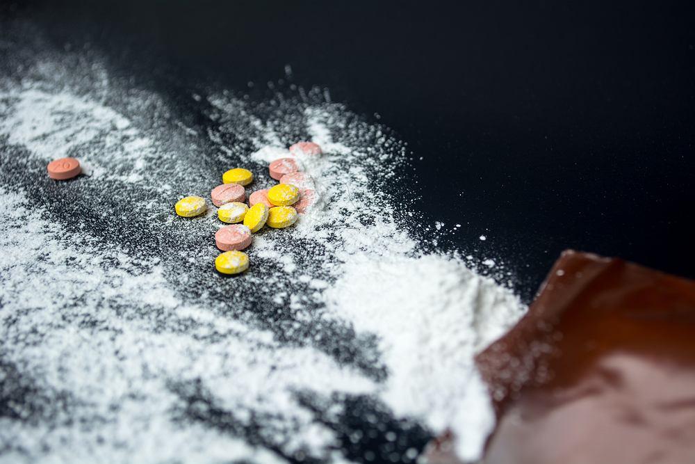 Metamfetamina to organiczny związek chemiczny, pochodnaamfetaminy