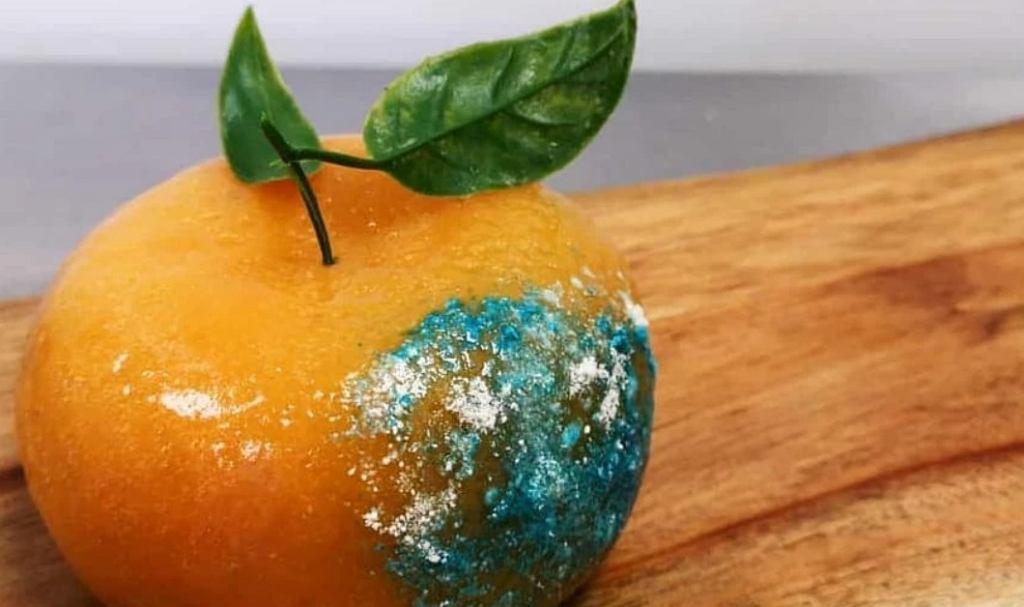 'Spleśniała' pomarańcza