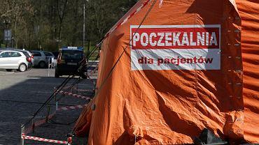 Pandemia koronowirusa. Polowa Izba przyjęć w Szpitalu Obserwacyjno-Zakaźnym w Toruniu, 27 marca 2020