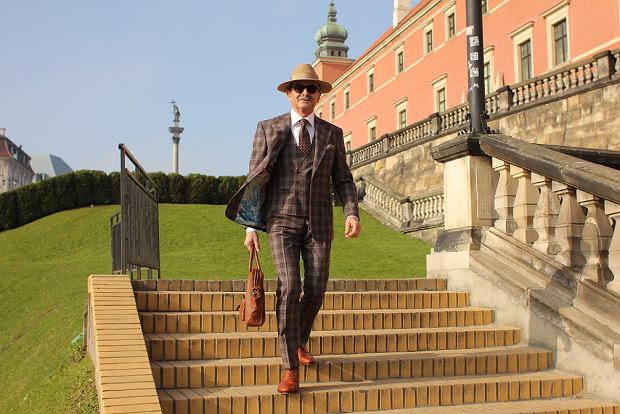 Jan Adamski, 63-letni bloger modowy z Warszawy