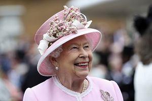 Królowa Elżbieta II złamała własny protokół