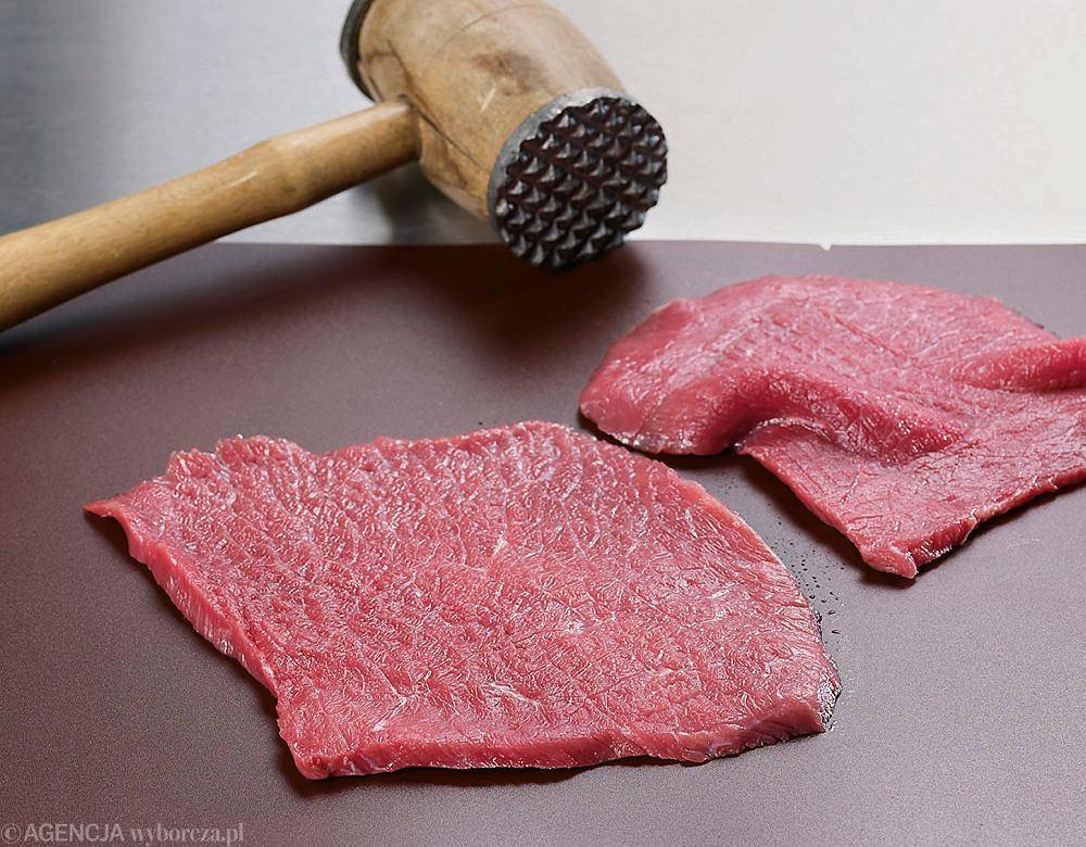 Rolady wołowe z ogórkiem - krok 2
