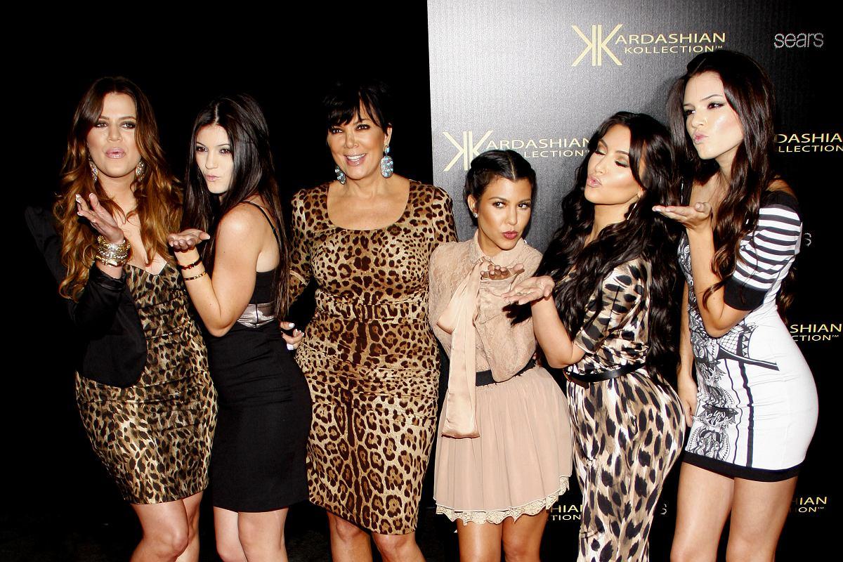 Z kamerą u Kardashianów na Netflixie. Wiemy, od kiedy można obejrzeć  reality show