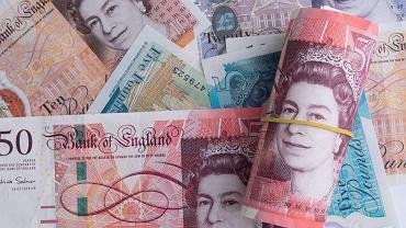 Kursy walut 11.09. Kolejny spadek wartości funta szterlinga [kurs dolara, funta, euro, franka]