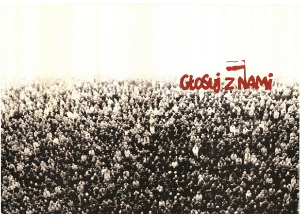 """Ważna dekada. Wystawa """"Ku Wolności"""" w CH Agora w Bytomiu"""