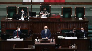 Rzecznik Praw Obywatelskich Adam Bodnar po raz ostatni przemawia w Sejmie. Warszawa, 21 maja 2021