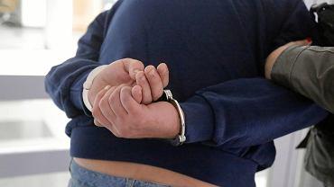 Frysztak. 85-latek kilkukrotnie ugodził młodego mężczyznę scyzorykiem. Grozi mu dożywocie (zdjęcie ilustracyjne)