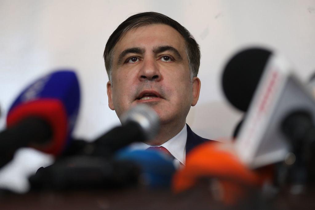Micheil Saakaszwili wygłasza oświadczenie. Były prezydent Gruzji, pozbawiony ukraińskiego obywatelstwa został wczoraj wydalony z Ukrainy. Warszawwa, 13 lutego 2018