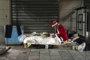 Włochy. Przez COVID-19 ubóstwo absolutne objęło 5,6 mln osób - to najgorszy wynik od lat. Północ przegoniła Południe