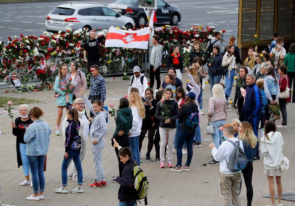 Protest przeciw sfałszowanym wyborom prezydenckim i brutalności służb pacyfikujących demonstracje. Mińsk, 12 sierpnia 2020