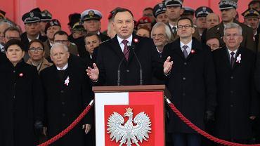 Obchody 100-lecia niepodległości. Prezydent Andrzej Duda przed Grobem Nieznanego Żołnierza