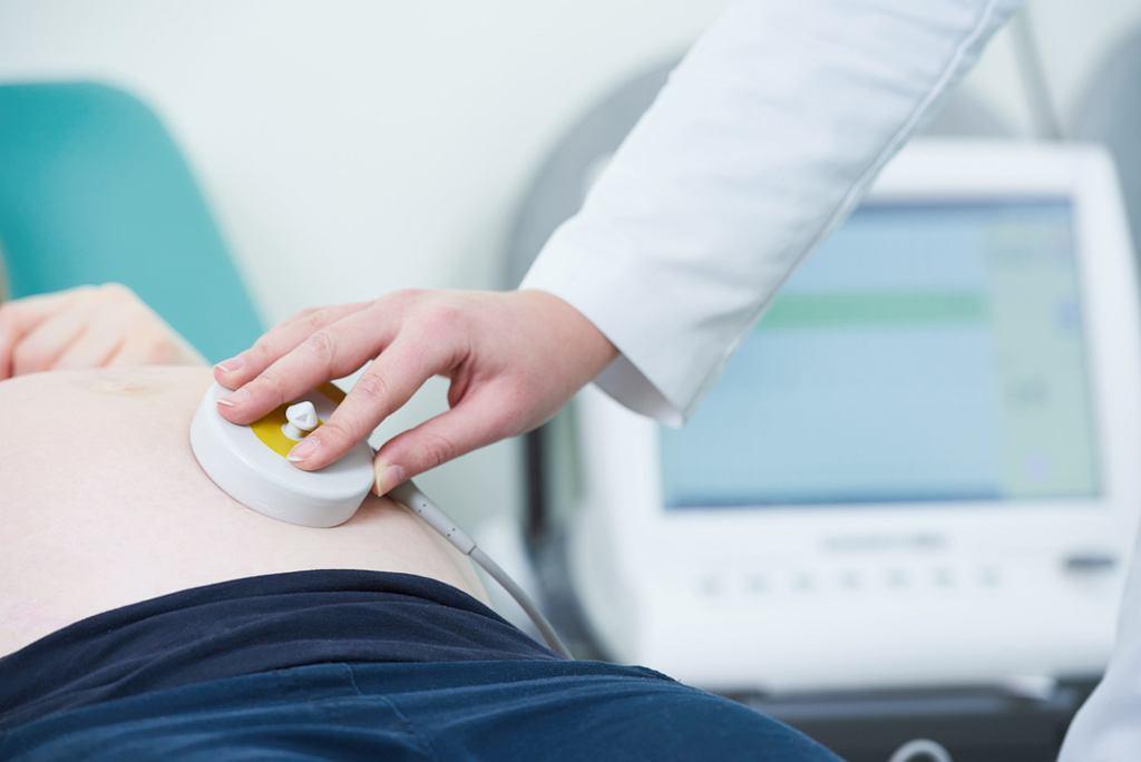 Czy warto kupić domowy detektor tętna płodu? Czy wiążą się z tym jakieś zagrożenia?