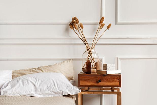 Kapa na łóżko sypialniane - jak wybrać idealną? Te modele kuszą wzorami