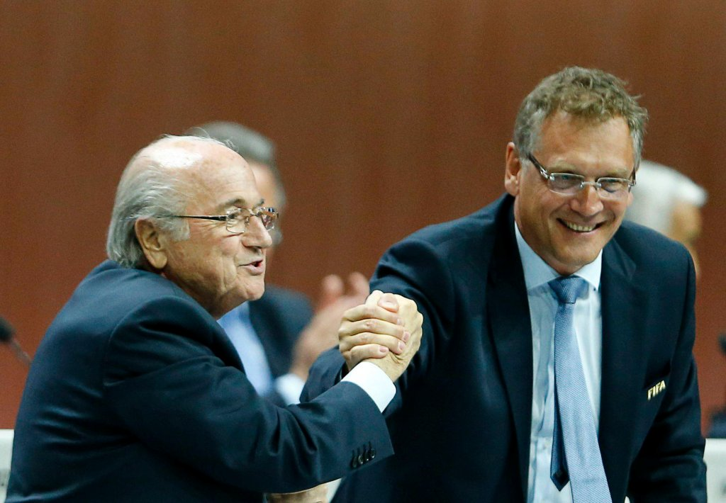 Prezydent FIFA Sepp Blatter i sekretarz generalny organizacji Jerome Valcke