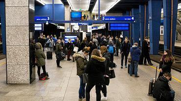 Dworzec Centralny. Zdjęcie ilustracyjne