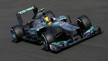 Lewis Hamilton poczas sesji kwalifikacyjnej na Monzy