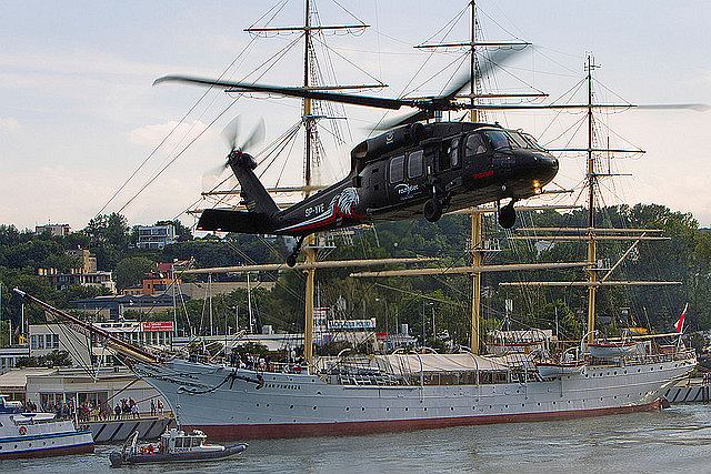 Śmigłowiec S-70i Black Hawk