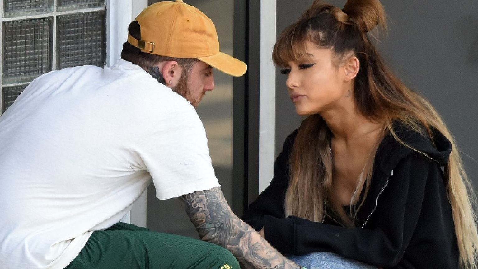 Ariana Grande wkurzona na producentów Grammy. Poszło o zmarłego Maca Millera.