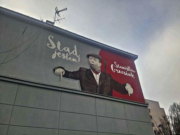 Mural przy ul Gagarina przedstawiający Grzesiuka
