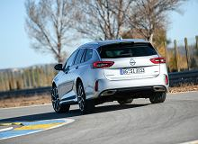 Opinie Moto.pl: Opel Insignia Sports Tourer GSi - w trasę z pazurem