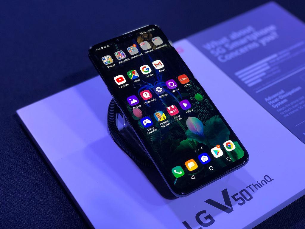 LG V50