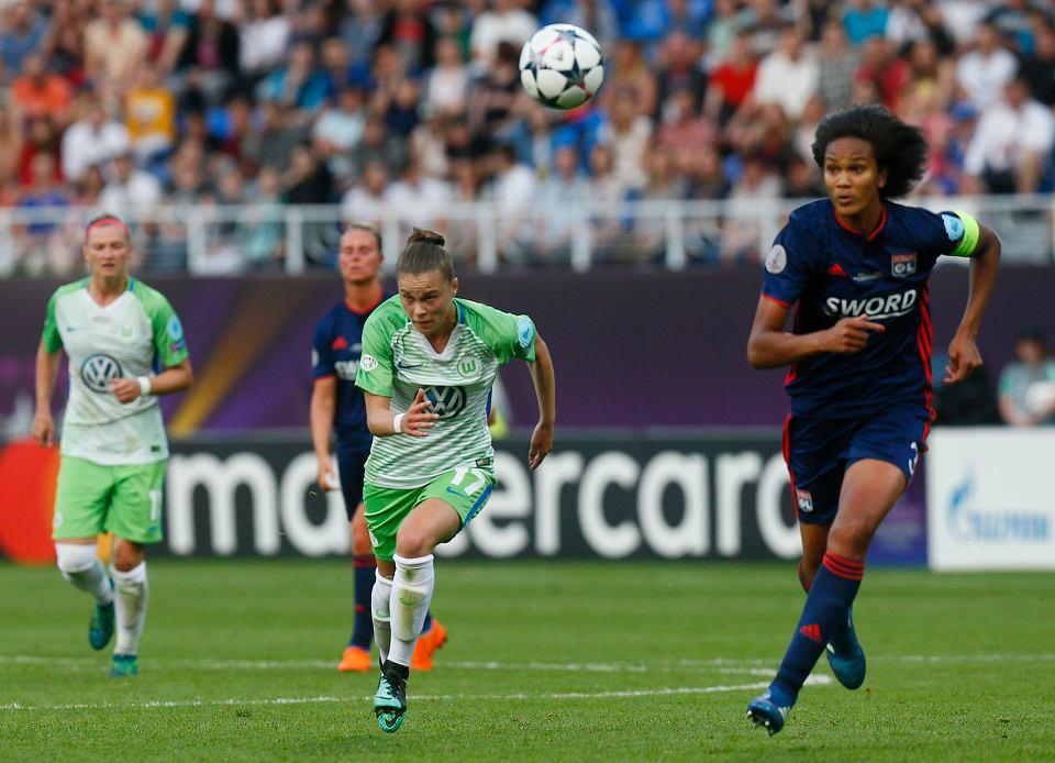Lyon - Wolfsburg, w środku atakuje Ewa Pajor
