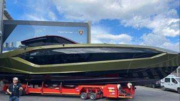 Tecnomar for Lamborghini 63 - ekskluzywny jacht, personalizowany i kupiony przez Conora McGregora. Źródło: TWitter