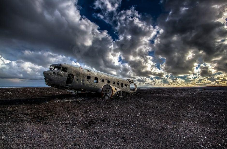 Wrak samolotu DC-3 jest popularną atrakcją turystyczną na Islandii