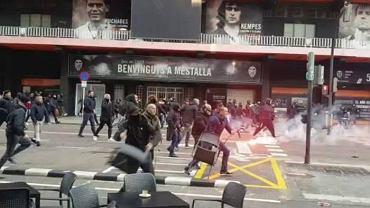 Zamieszki przed meczem Valencia - FC Barcelona