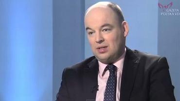Jan Dziedziak martwi się, że sprzedaż tzw. pigułki po spowoduje promiskuityzm i wzrost liczby ciąż wśród nieletnich