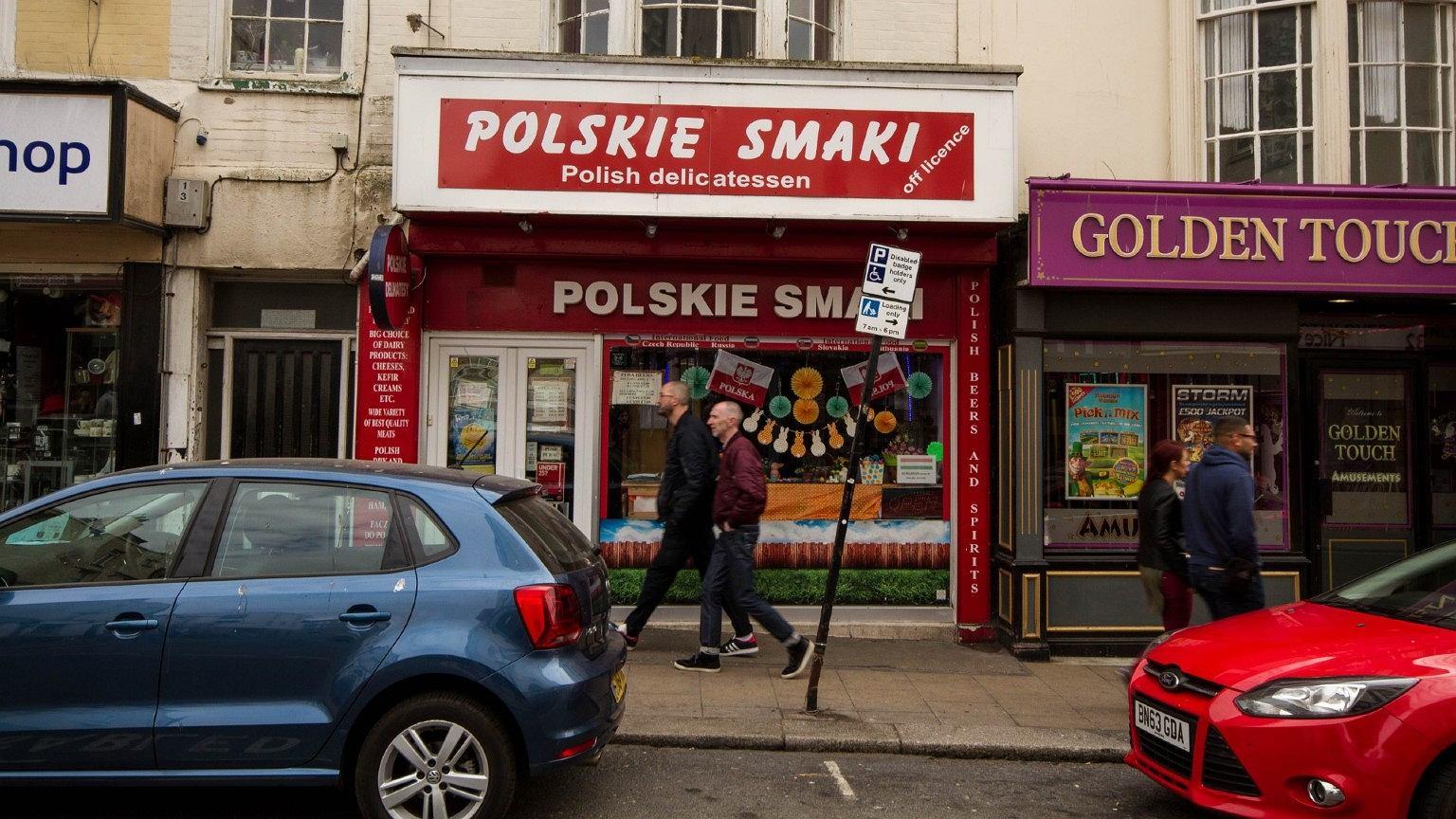 Wielu Polaków wraca z Wielkiej Brytanii do Polski, część po jakimś czasie decyduje się nie zostawać i przenieść się z powrotem na Wyspy
