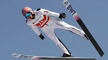 Pierwsze skoki w Oberstdorfie. Kubacki najlepszy z Polaków na treningach przed MŚ