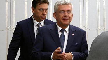 Senator Marek Martynowski z PiS i marszałek senatu Stanisław Karczewski.
