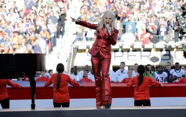 Lady Gaga, Super Bowl 2016