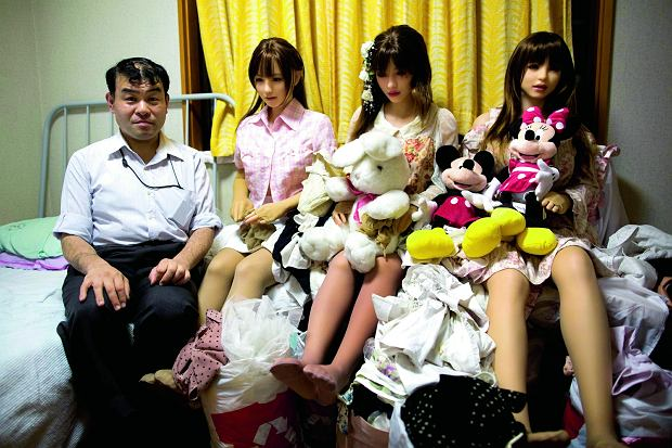 Silikonowe zauroczenie - czy lalki erotyczne zrewolucjonizują rynek?