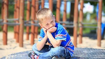 Czy letnie dyżury przedszkoli to rzeczywiście dramat i stres dla dziecka?