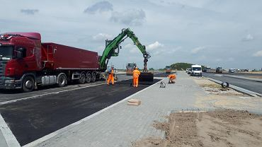 Budowa drogi S5. Prace w Żninie-Wsi