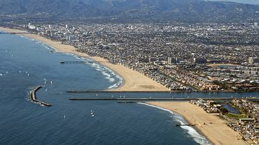 Los Angeles Santa Monica / Shutterstock
