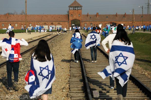 Marsz Żywych (fot: Jakub Porzycki/ Agencja Gazeta)