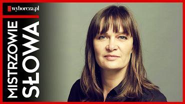 Maria Seweryn w czternastym odcinku podcastu 'Mistrzowie Słowa' czyta reportaż Katarzyny Włodkowskiej 'Wyrok za pytania'