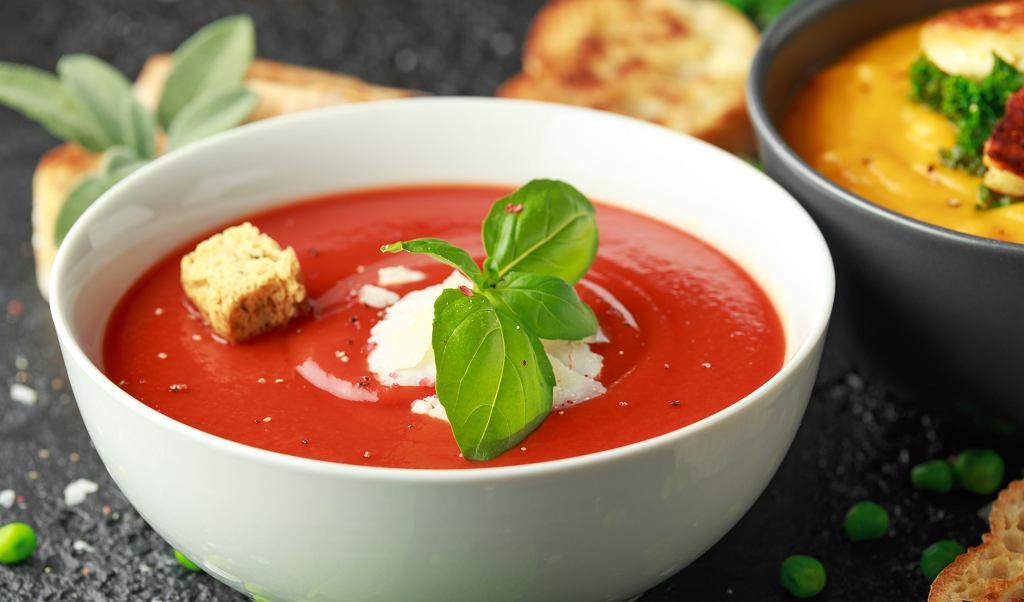 Gazpacho z pomidorów malinowych