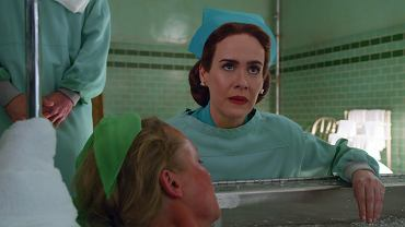 Sarah Paulson jako Mildred Ratched w serialu 'Ratched' Netfliksa