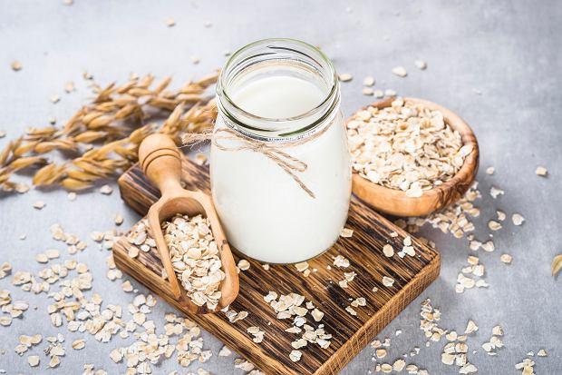 Mleko owsiane: jak zrobić je w domu? Przepis na mleko owsiane