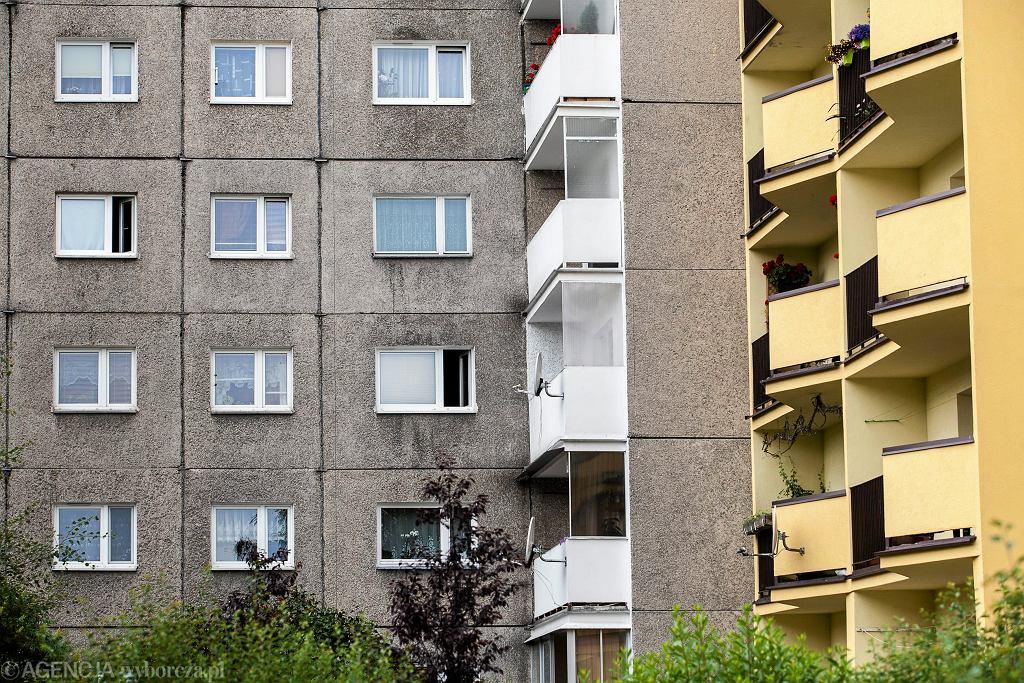 Kraków. Bloki na ulicy Grota Roweckiego.