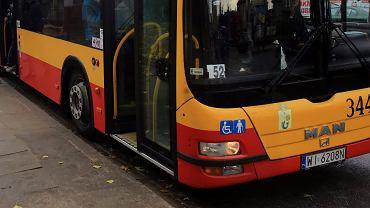 Autobus. Zdjęcie ilustracyjne