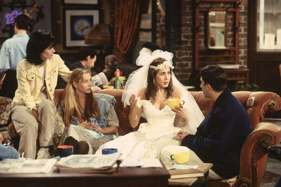 kiedy Monica i Chandler po raz pierwszy się łączą
