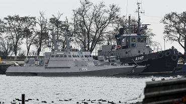 Ukraińskie okręty zaatakowane przez Rosjan. Kercz, Krym, w poniedziałek, 26 listopada 2018