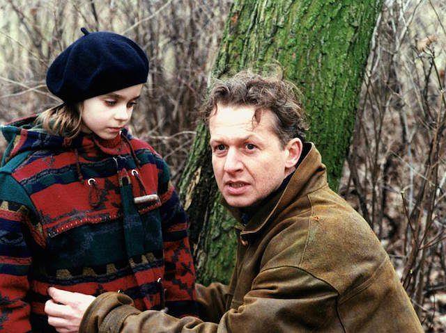 Bogusław Linda i Ola Maliszewska w filmie 'Tato'