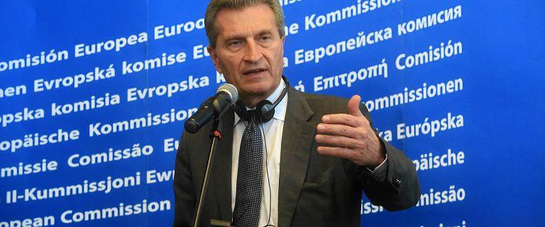 Unijny komisarz ds. budżetu: Wierzę, że będą sankcje za łamanie praworządności